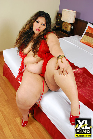 asian bbw cassie red