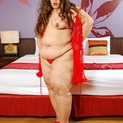 Asian BBW Cassie in red lingerie - Picture 9