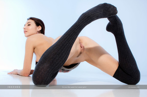 Magnificent black haired slut with gorge - XXX Dessert - Picture 11