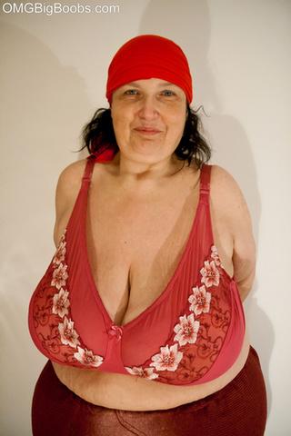 fun brunette mature red
