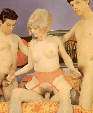 Blonde babe from 70s in red stockings gi - XXX Dessert - Picture 1