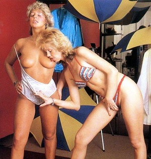 Dude peeing onto a blonde housewife when - XXX Dessert - Picture 1