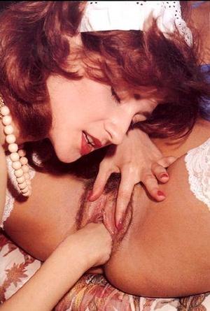 Horny red maid fisting hard bushy retro  - XXX Dessert - Picture 5
