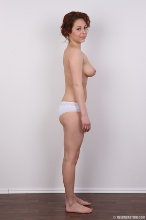Sweet smiling redhead with amazing curve - XXX Dessert - Picture 9