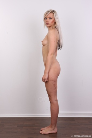 Sexy looking blonde with sexy legs and b - XXX Dessert - Picture 16