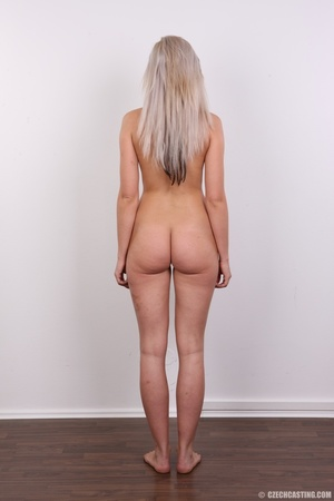Sexy looking blonde with sexy legs and b - XXX Dessert - Picture 17