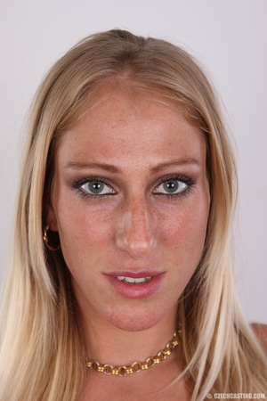 Hot slim blonde with cute tits and invit - XXX Dessert - Picture 1