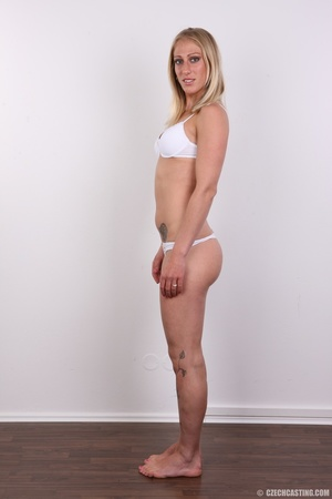 Hot slim blonde with cute tits and invit - XXX Dessert - Picture 7