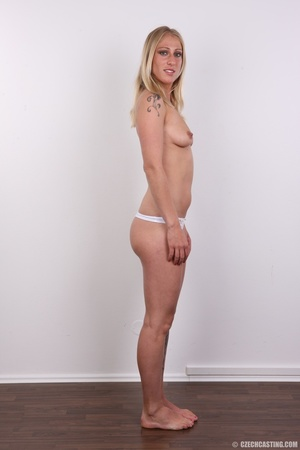 Hot slim blonde with cute tits and invit - XXX Dessert - Picture 9