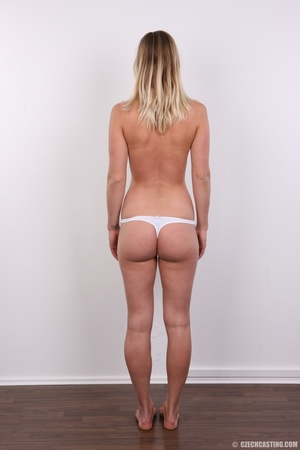 Hot slim blonde with cute tits and invit - XXX Dessert - Picture 10