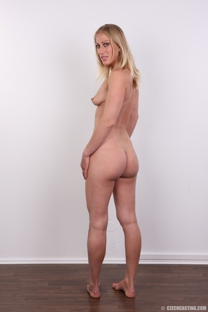 Hot slim blonde with cute tits and invit - XXX Dessert - Picture 18