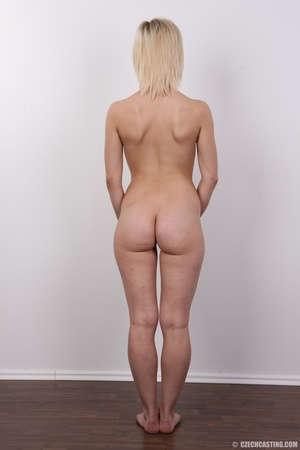 Well shaped pretty blonde with sexy but, - XXX Dessert - Picture 16