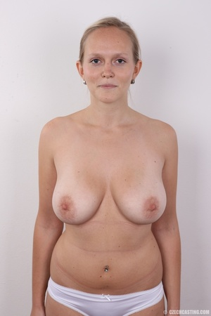 Sexy blonde with real sexy big tits go n - XXX Dessert - Picture 11