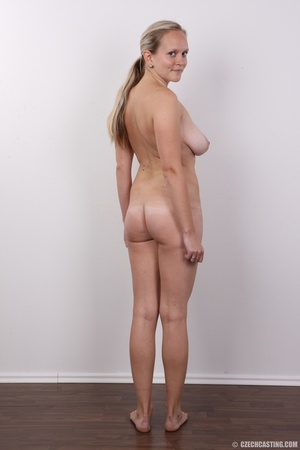Sexy blonde with real sexy big tits go n - XXX Dessert - Picture 17