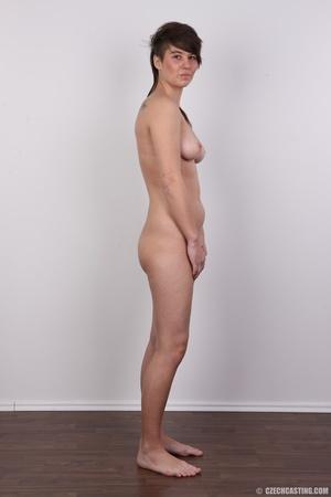 Seductive young brunette shows big tits, - XXX Dessert - Picture 15