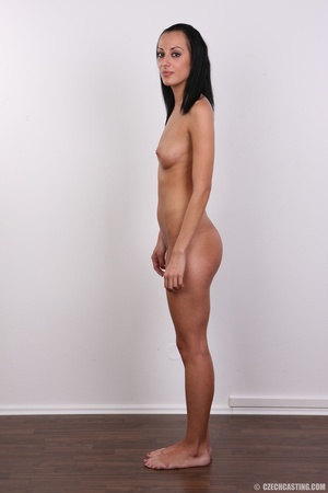 Well curved young sex model with small s - XXX Dessert - Picture 19