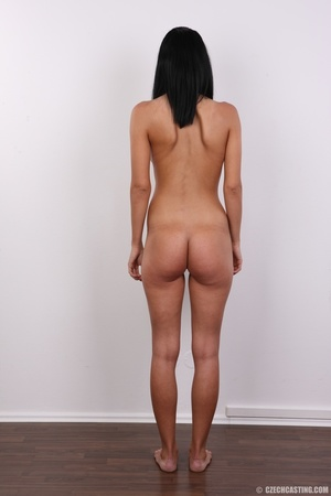 Well curved young sex model with small s - XXX Dessert - Picture 20