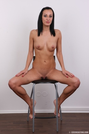 Well curved young sex model with small s - XXX Dessert - Picture 24