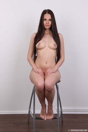 Young sweet seductress with sweet lookin - XXX Dessert - Picture 23