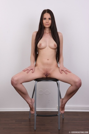Young sweet seductress with sweet lookin - XXX Dessert - Picture 24