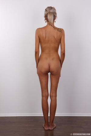 Lusty tanned blonde with perfect shaped  - XXX Dessert - Picture 16