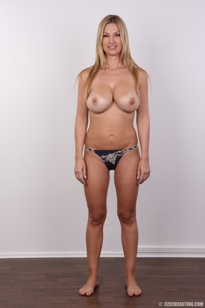 Delicious looking sexy blonde with big j - XXX Dessert - Picture 12