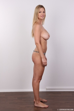 Delicious looking sexy blonde with big j - XXX Dessert - Picture 13