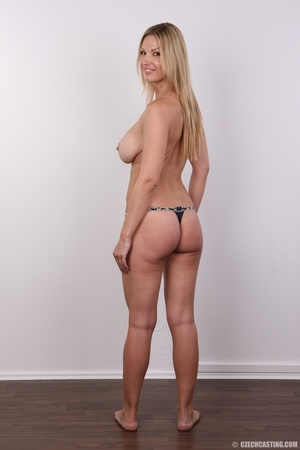 Delicious looking sexy blonde with big j - XXX Dessert - Picture 15