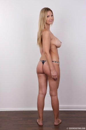 Delicious looking sexy blonde with big j - XXX Dessert - Picture 16