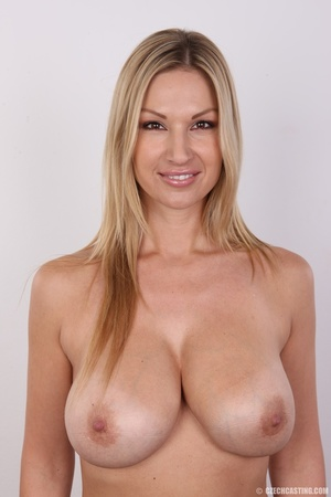 Delicious looking sexy blonde with big j - XXX Dessert - Picture 18