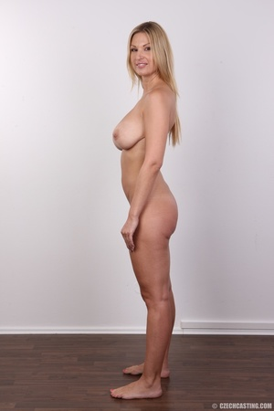 Delicious looking sexy blonde with big j - XXX Dessert - Picture 21