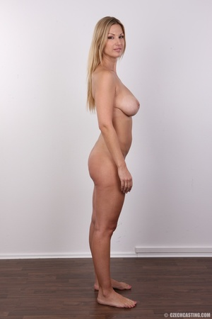 Delicious looking sexy blonde with big j - XXX Dessert - Picture 23