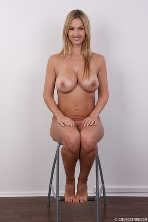 Delicious looking sexy blonde with big j - XXX Dessert - Picture 27