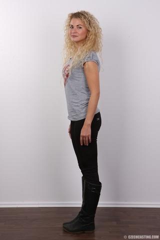 curly hair pretty blonde