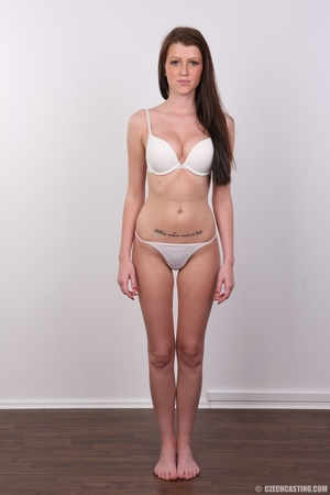 Young slender and gorgeous brunette with - XXX Dessert - Picture 7