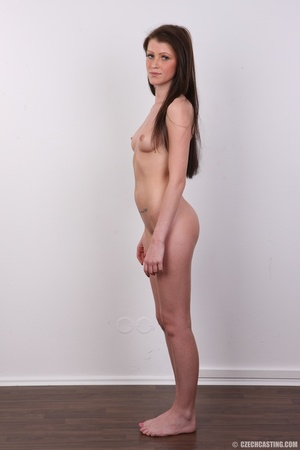 Young slender and gorgeous brunette with - XXX Dessert - Picture 18