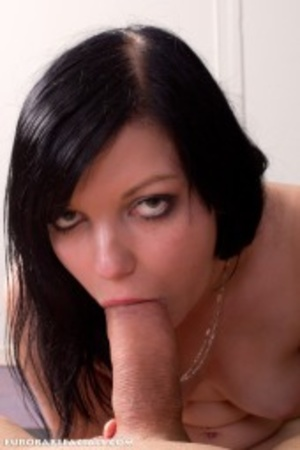 Sassy curvy black haired slut sucking hi - XXX Dessert - Picture 8