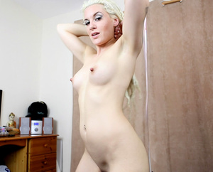 Flashy blonde beauty with lusciously big - XXX Dessert - Picture 8