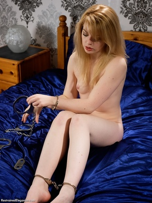 Lusty creamy blonde strips nude and bind - XXX Dessert - Picture 4