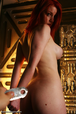 Pretty red head with sexy bouncy tits, h - XXX Dessert - Picture 3