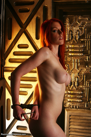 Pretty red head with sexy bouncy tits, h - XXX Dessert - Picture 5