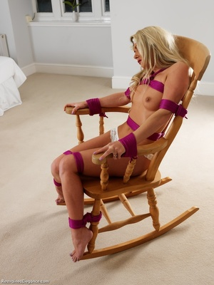 Cute blonde with supple boobs and hot bo - XXX Dessert - Picture 2
