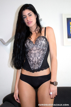Hot black haired beauty with gorgeously  - XXX Dessert - Picture 1