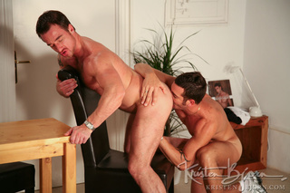 traviesas gays gorgeously formed