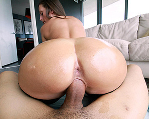 Brunette beauty with insanely formed boo - XXX Dessert - Picture 5