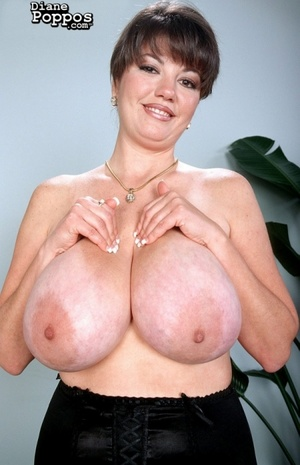 Horny milfs with lusciously big tits lov - XXX Dessert - Picture 1