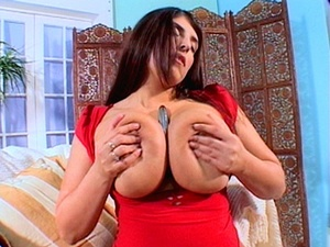 Arabic slut with gorgeously big boobs lo - XXX Dessert - Picture 12
