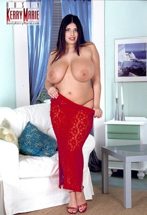 Huge boobs just look fantastic on arabic - XXX Dessert - Picture 6