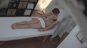Erotic full body massage as masseur touc - XXX Dessert - Picture 4