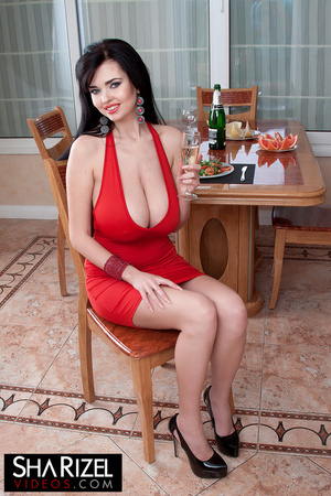 Young and sexy brunette in red dress sho - XXX Dessert - Picture 3